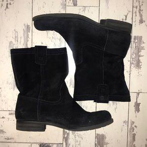 Black suede naturalizer boots
